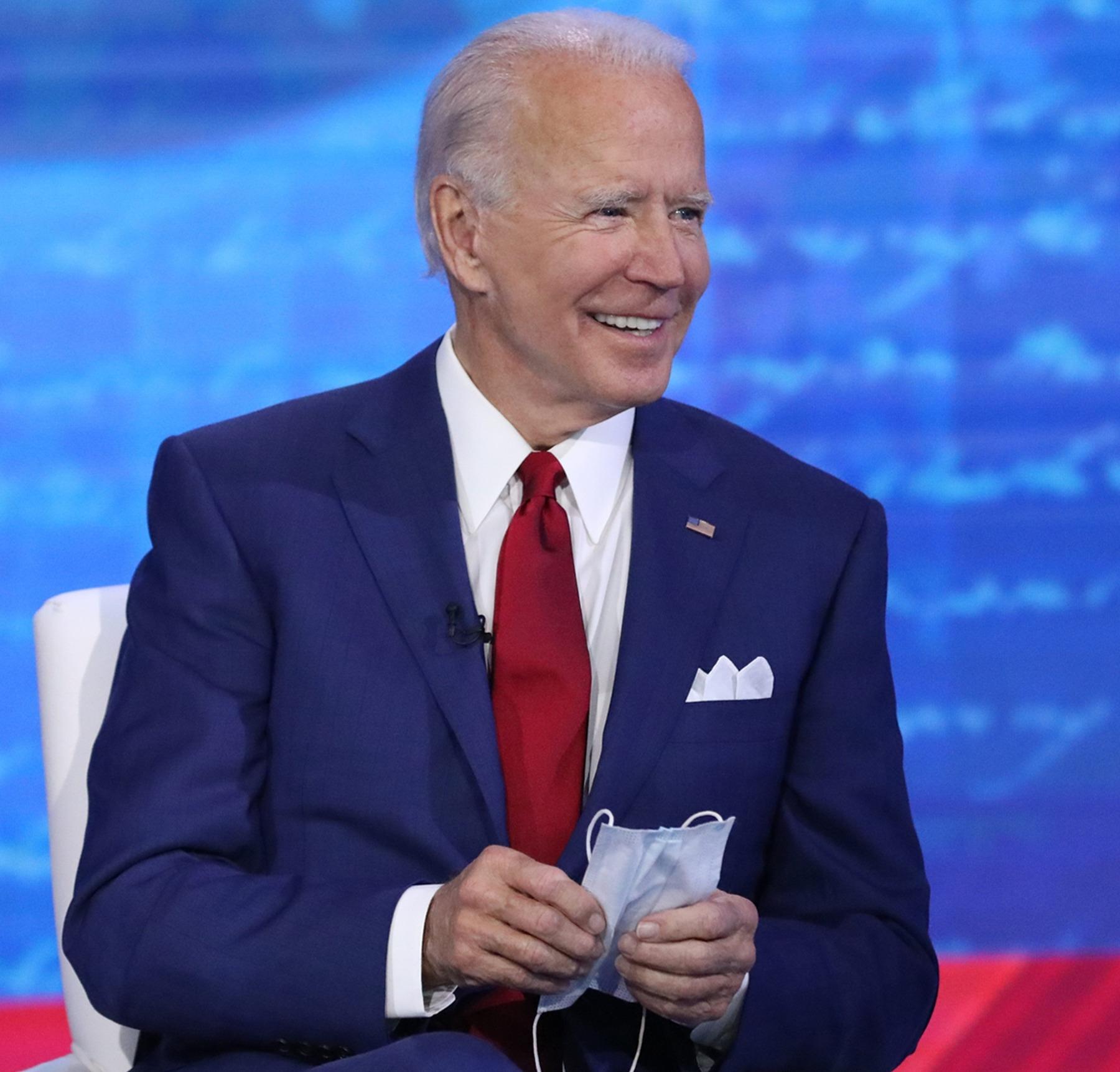 Joe Biden actualmente encabeza las encuestas nacionales, pero Donald Trump ya ha regresado