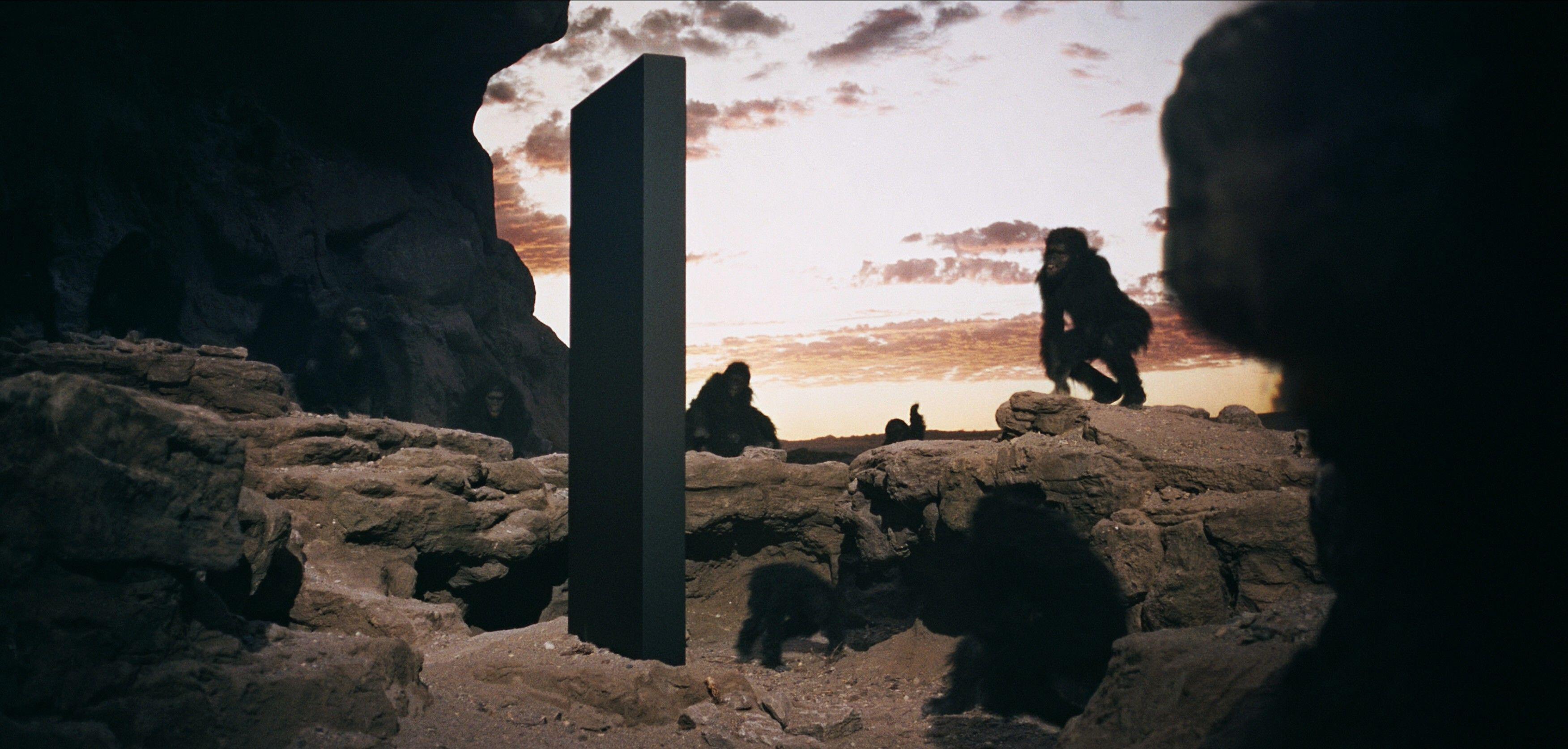 El objeto se parece al monolito encontrado en la película de 2001: A Space Odyssey