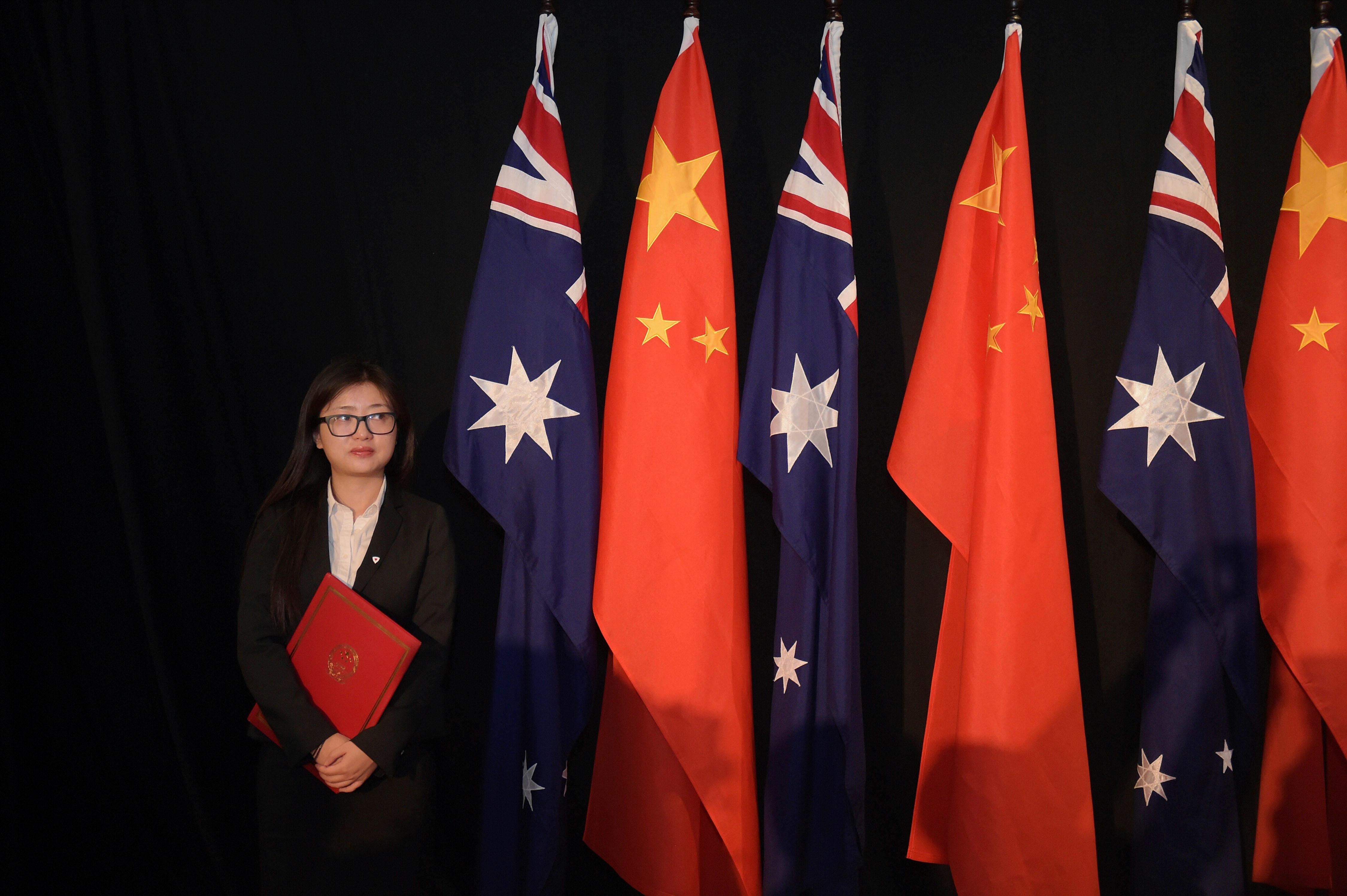 El portavoz de China lanza un nuevo ataque contra Australia, con la publicación de un cartel de propaganda dirigido a las tropas australianas.